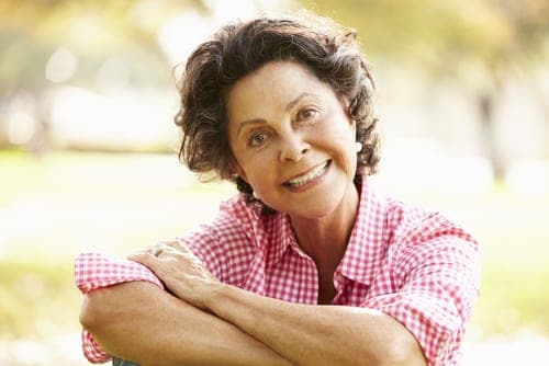 acrylic dentures are an alternative to traditional dentures